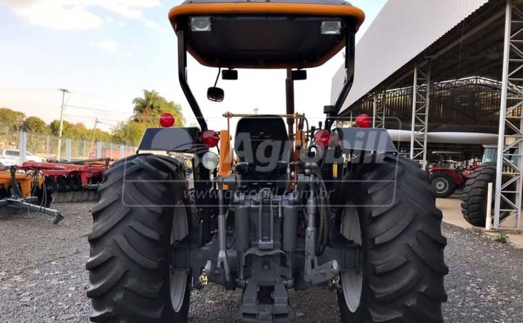 Trator Valtra A 750 4×4 ano 2012 com Plaina Baldan - Tratores - Valtra - Agrobill - Tratores, Implementos Agrícolas, Pneus