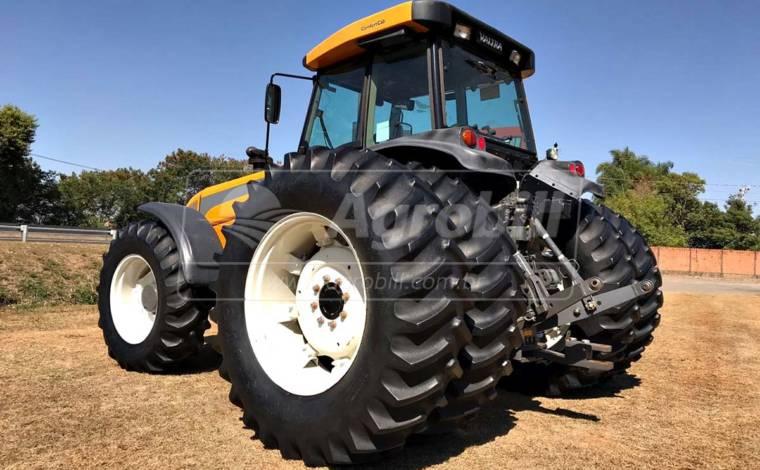 Trator Valtra BH 185 4×4 ano 2013 com pneus filipados - Tratores - Valtra - Agrobill - Tratores, Implementos Agrícolas, Pneus