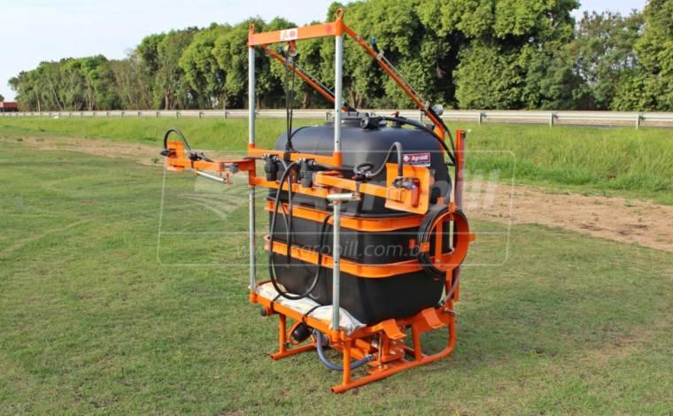 Pulverizador Pec 600 / Bomba 75 com Reabastecedor / Kit Lava Frasco / Reservatório agua limpa – Cimag > Novo - Pulverizadores - Cimag - Agrobill - Tratores, Implementos Agrícolas, Pneus