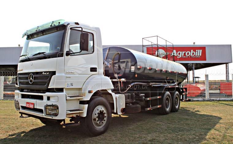 Caminhão Pipa / Bombeiro 20.000 Litros – Ano 2011 > Locação - Locação - Mercedes-Benz - Agrobill - Tratores, Implementos Agrícolas, Pneus
