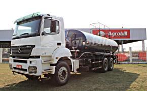 Caminhão Tanque Pipa  MB 3340 6×4 / Bombeiro 20.000 Litros / Ano 2011 - Veículos - Mercedes-Benz - Agrobill - Tratores, Implementos Agrícolas, Pneus