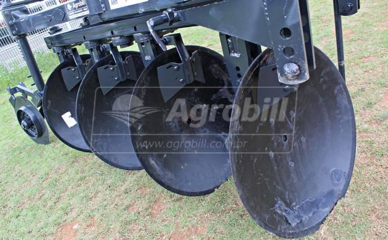 Arado Reversível Hidráulico 4 Discos – Baldan > Novo - Arado - Baldan - Agrobill - Tratores, Implementos Agrícolas, Pneus