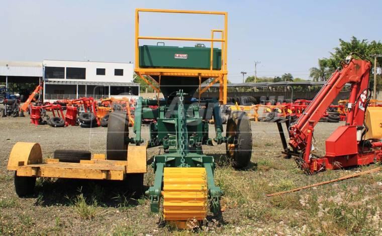 Subsolador / Abdutor de Arrasto – DMO > Usado - Subsolador - DMO - Agrobill - Tratores, Implementos Agrícolas, Pneus