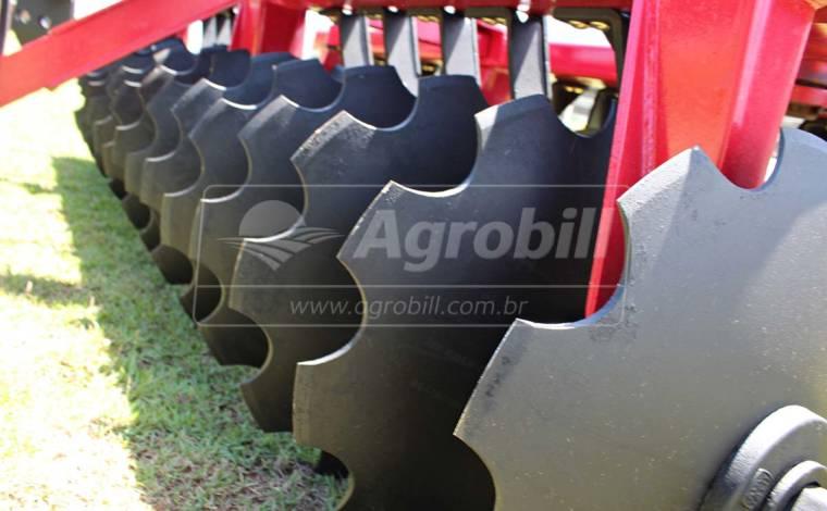 Grade Niveladora GNL 28 Discos – Tatu > Usada - Grades Niveladoras - Tatu Marchesan - Agrobill - Tratores, Implementos Agrícolas, Pneus