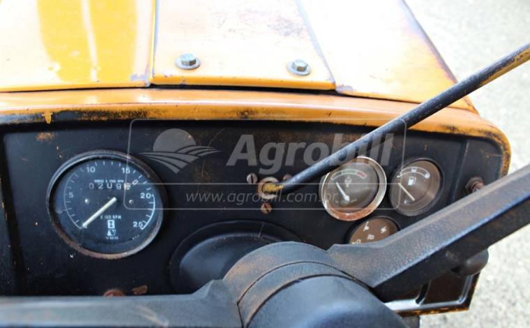 Trator Valmet 88 ano 1985 c/ direção hidráulica, original, uníco dono. - Tratores - Valtra - Agrobill - Tratores, Implementos Agrícolas, Pneus