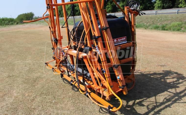 Pulverizador Condor 600 Litros AM 14 Acionamento a Cabo / de Barras – Jacto > Usado - Pulverizadores - Jacto - Agrobill - Tratores, Implementos Agrícolas, Pneus