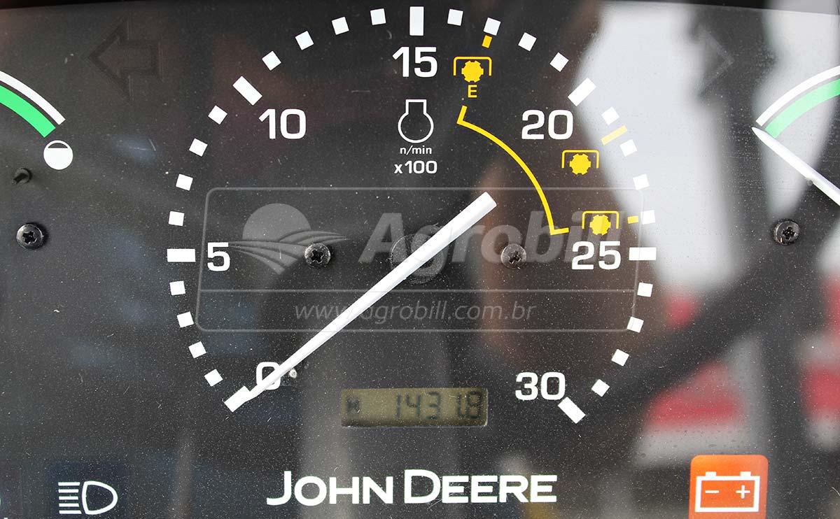 John Deere 5078 E ano 2017 com 1400 horas de uso !! - Tratores - John Deere - Agrobill - Tratores, Implementos Agrícolas, Pneus