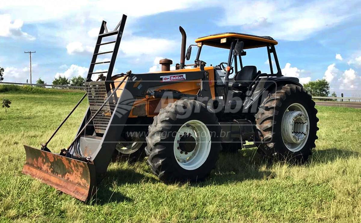 Trator Valtra BH 145 4×4 ano 2008 com 4520 horas com conjunto de lamina BALDAN – PDV. - Tratores - Valtra - Agrobill - Tratores, Implementos Agrícolas, Pneus