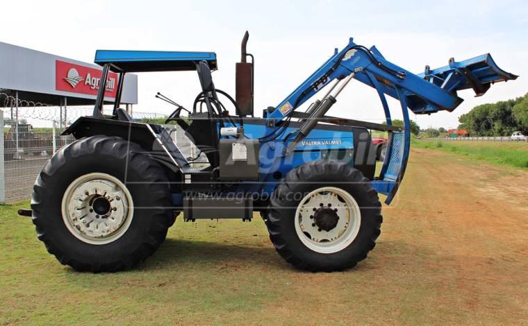 Trator Valmet 1780 4×4  ano 2000 com 6102 mil horas, com conjunto de lamina TATU ano 2014 - Tratores - Valtra - Agrobill - Tratores, Implementos Agrícolas, Pneus