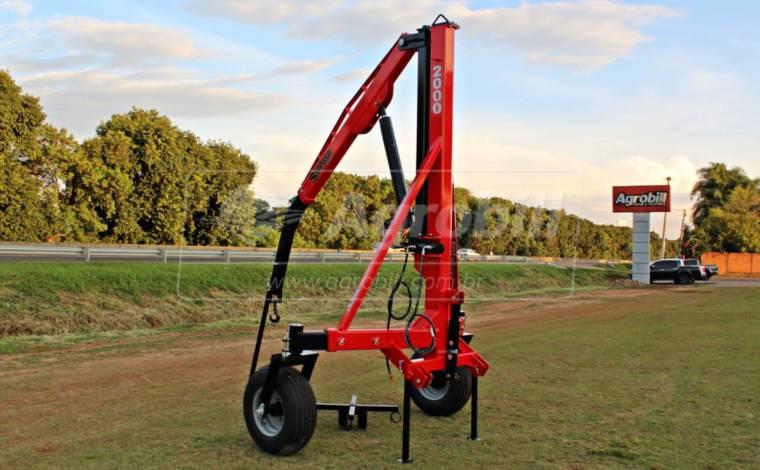 Guincho p/ Big Bag 2.000 kg com Regulagem de Bitola / Roda Louca – São José > Novo - Guincho Agrícola - São José - Agrobill - Tratores, Implementos Agrícolas, Pneus