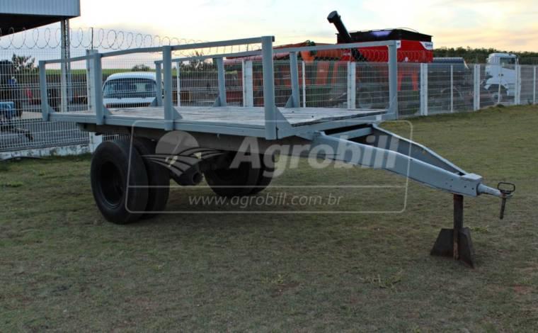 Carreta de Ferro 6 Toneladas com Assoalho de Madeira > Usada -  - Personalizado - Agrobill - Tratores, Implementos Agrícolas, Pneus