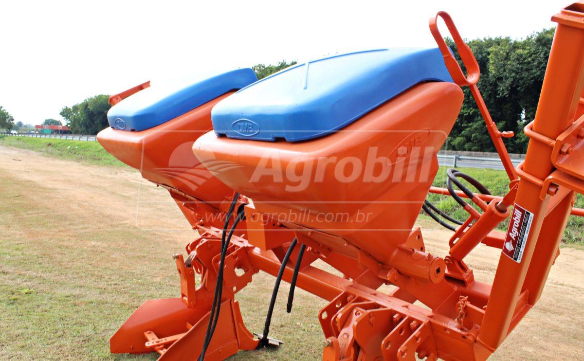 Sulcador 2 Linhas Ano 2003 / com Marcador – DMB > Usado - Sulcador - DMB - Agrobill - Tratores, Implementos Agrícolas, Pneus