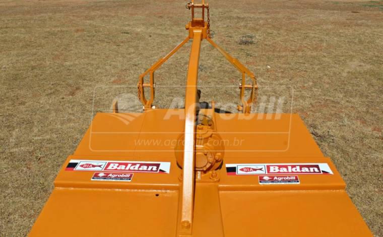 Roçadeira Hidráulica RD 1500 – Baldan > Usada - Roçadeira - Baldan - Agrobill - Tratores, Implementos Agrícolas, Pneus