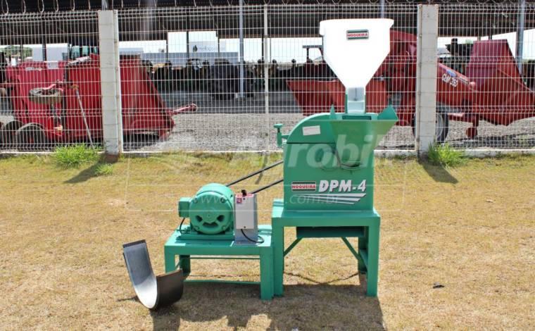 Triturador/Desintegrador DPM-4 – Nogueira > Usado - Triturador - Nogueira - Agrobill - Tratores, Implementos Agrícolas, Pneus