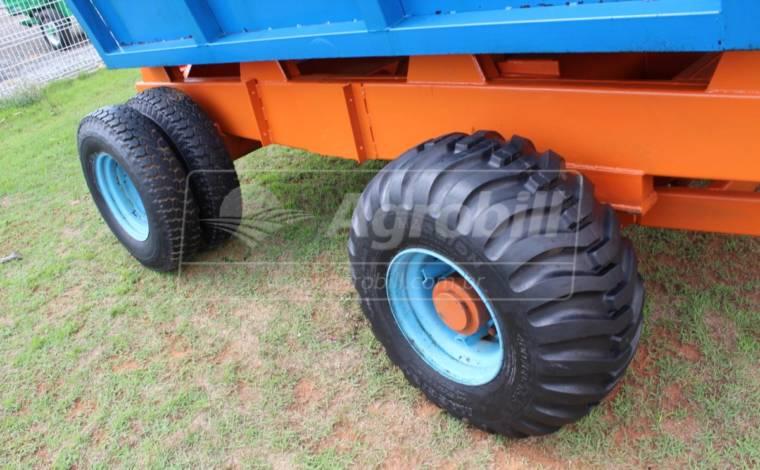 Carreta de Transbordo Hidráulica para Silagem TH4 – Agrobras > Usado - Carreta Transbordo para Cana/Silagem - Agrobras - Agrobill - Tratores, Implementos Agrícolas, Pneus