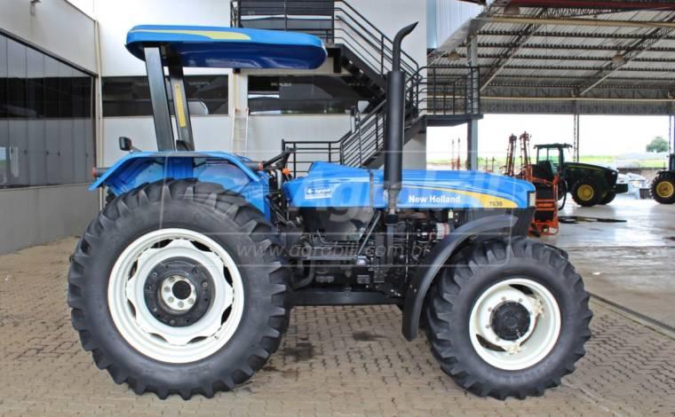 New Holland 7630  4×4 ano 2014 com 2606 horas em otimo estado !!! - Tratores - New Holland - Agrobill - Tratores, Implementos Agrícolas, Pneus