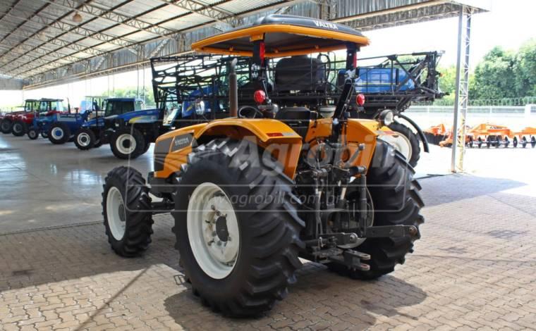Trator Valtra A 750 4×4 ano 2019 com apenas 179 horas com Redutor de Velocidade. - Tratores - Valtra - Agrobill - Tratores, Implementos Agrícolas, Pneus