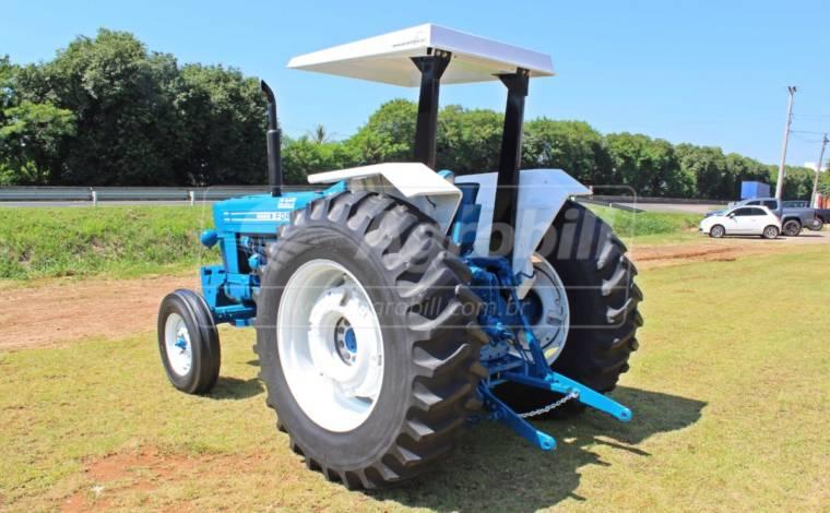 Trator New Holland/Ford 6600 4×2 ano1984 Direção Hidraulica - Tratores - New Holland - Agrobill - Tratores, Implementos Agrícolas, Pneus