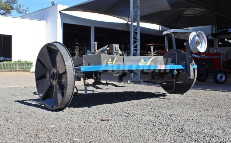 Roçadeira de arrasto ROACAL 3400 com Kit de Transporte / com Roda / sem Pneus – Almeida > Novo - Roçadeira - Almeida - Agrobill - Tratores, Implementos Agrícolas, Pneus