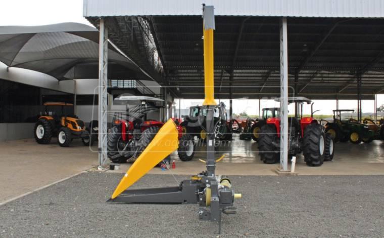 Colhedora de Forragens JF C120 S3 / Cardan / Bica Hidráulica / com Kit Processador de Grãos +PRO – JF > Nova - Forrageira - JF - Agrobill - Tratores, Implementos Agrícolas, Pneus