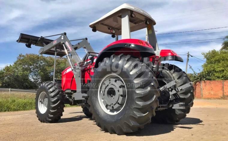 Trator MF 7180 4×4 ano 2014 c/ 1511 horas c/ Conjunto de Lâmina Baldan - Tratores - Massey Ferguson - Agrobill - Tratores, Implementos Agrícolas, Pneus