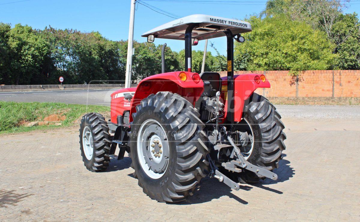 Trator Massey 4275 4×4 ano 2018, c/ 7 Horas, Tração Central – Novinho. - Tratores - Massey Ferguson - Agrobill - Tratores, Implementos Agrícolas, Pneus