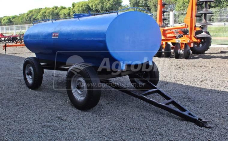 Tanque de Água 3000 L > Usado - Tanque de Água - Personalizado - Agrobill - Tratores, Implementos Agrícolas, Pneus