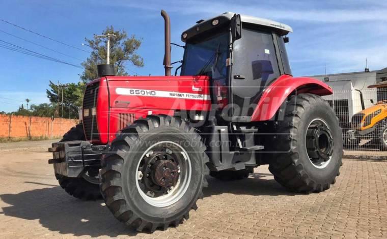 Trator Massey Ferguson 650 hd 4×4 ano 2007 com motor novo - Tratores - Massey Ferguson - Agrobill - Tratores, Implementos Agrícolas, Pneus