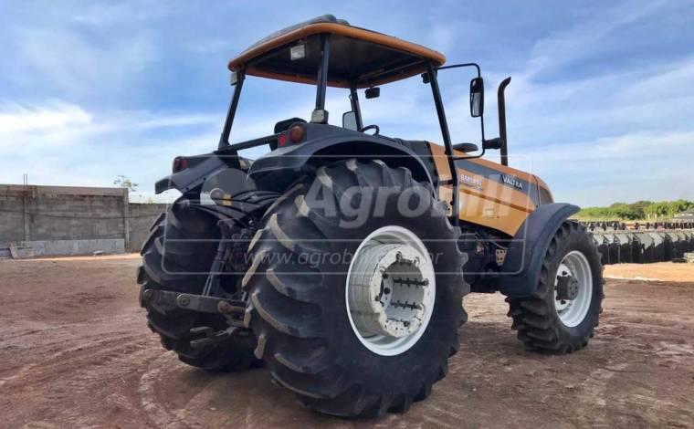 Trator Valtra BM 125 4×4 ano 2013 em ótimo estado, único dono - Tratores - Valtra - Agrobill - Tratores, Implementos Agrícolas, Pneus