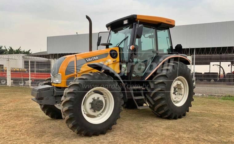 Trator Valtra BM 100 4×4 ano 2019 cabinado - Tratores - Valtra - Agrobill - Tratores, Implementos Agrícolas, Pneus
