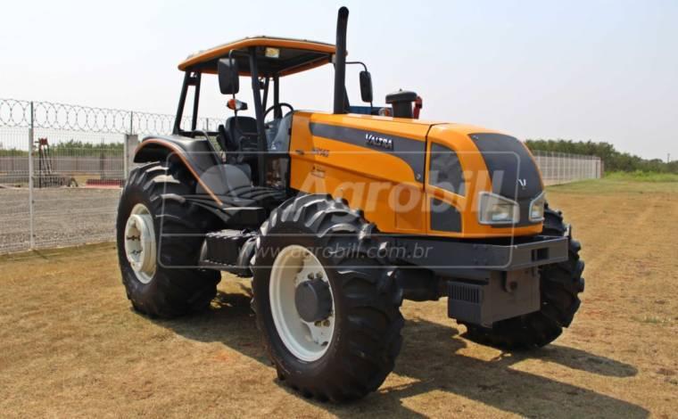 Trator Valtra BH 145 4×4 ano 2010 Plataformado - Tratores - Valtra - Agrobill - Tratores, Implementos Agrícolas, Pneus