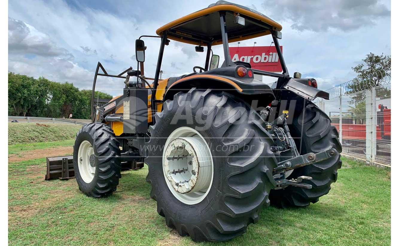 Trator Valtra BM 110 4×4 ano 2015 c/ 1088 horas c/ Conjunto de Lamina. - Tratores - Valtra - Agrobill - Tratores, Implementos Agrícolas, Pneus