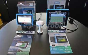GPS Agrícola para Agricultura de Precisão FARMPRO MAX 10 *Frete Grátis para Todo Brasil* - GPS Agrícola e Medidor de Umidade - FARMPRO - Agrobill - Tratores, Implementos Agrícolas, Pneus