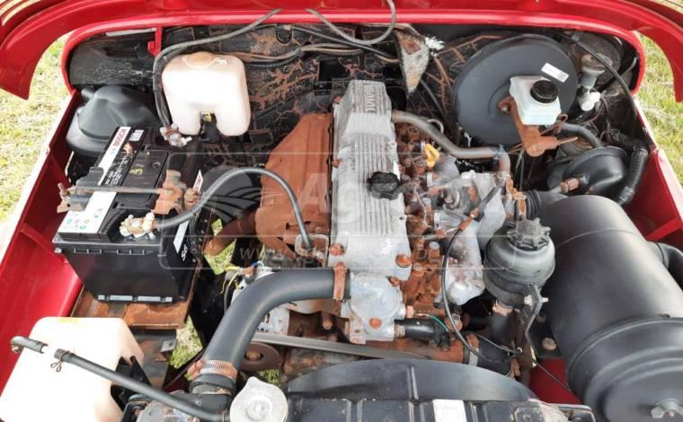 Toyota Bandeirante 4×4 a Diesel ano 1999 / Cabine Simples / Direção Hidráulica / 5 Marchas > Usado - Caminhões - Toyota - Agrobill - Tratores, Implementos Agrícolas, Pneus