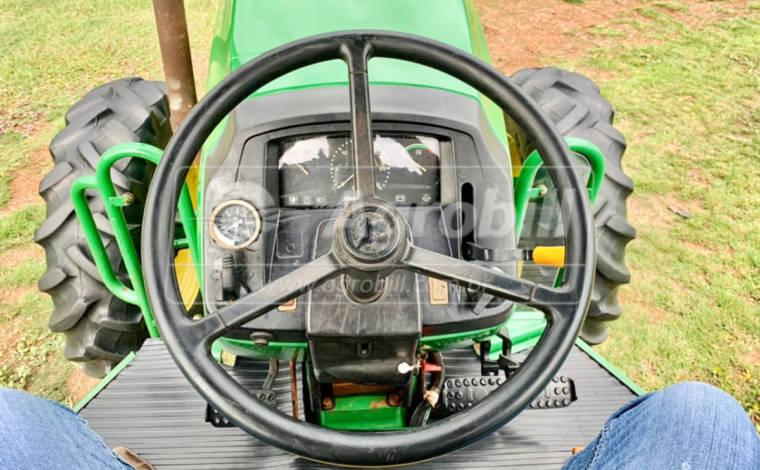 Trator John Deere 5078 E 4×4 ano 2013 ( CONSIGNADO ) - Tratores - John Deere - Agrobill - Tratores, Implementos Agrícolas, Pneus