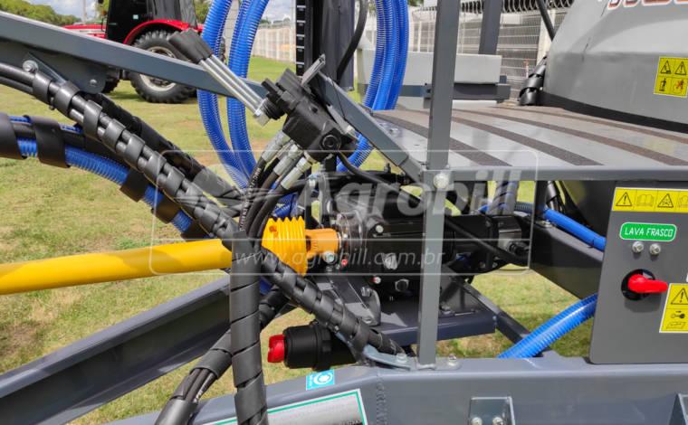 Pulverizador 2300 Litros BH Três Dobras com Barras de 18M / Bijet / Bomba JP 75 / Comando 4 vias / Kit Reabastecedor / com Pneus – Panter > Novo - Pulverizadores - Panter - Agrobill - Tratores, Implementos Agrícolas, Pneus