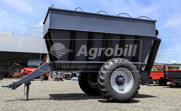 Carreta Agrícola Graneleira 8000 Litros > Usada - Carreta Agrícola Graneleira / Bazuka / Transportadora de Grãos / Multiuso - Personalizado - Agrobill - Tratores, Implementos Agrícolas, Pneus