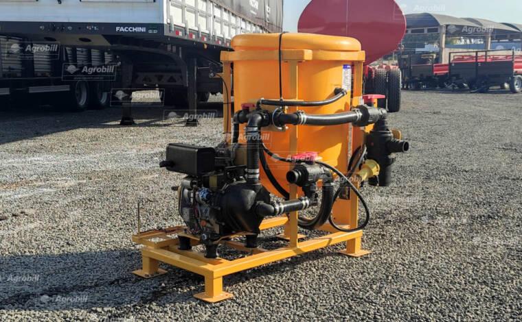 Incorporador de Defensivos Max Eco 1T 200 L / com Moto Bomba de 7 CV Diesel / Partida manual – Mepel > Novo - Aplicador de Inoculante para Colhedora de Forragens - Mepel - Agrobill - Tratores, Implementos Agrícolas, Pneus
