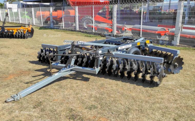 Grade Niveladora Controle Remoto NVCR 44 x 22″ x 200 mm / com Discos Recortados – Baldan > Nova - Grades Niveladoras - Baldan - Agrobill - Tratores, Implementos Agrícolas, Pneus