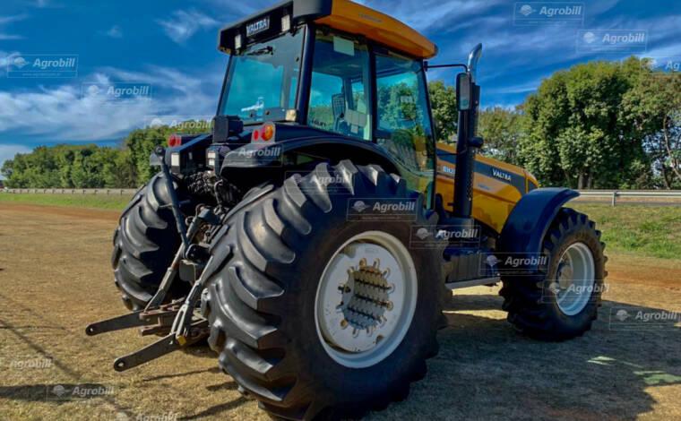 Trator VALTRA BH 205 i 4×4 ano 2012 com 4.830 horas - Tratores - Valtra - Agrobill - Tratores, Implementos Agrícolas, Pneus