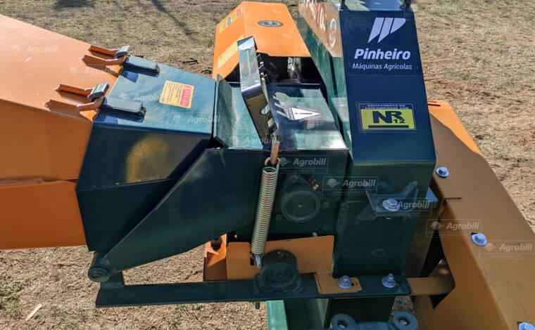 Ensiladeira / Picadeira PP-4610 / para Carreta – Pinheiro > Nova - Ensiladeira - Pinheiro - Agrobill - Tratores, Implementos Agrícolas, Pneus