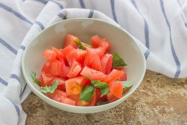 Paso 3 farro ensalada, atún y verduras