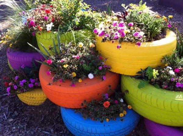 Recipientes de cultivo fabricado a partir de neumáticos reciclados