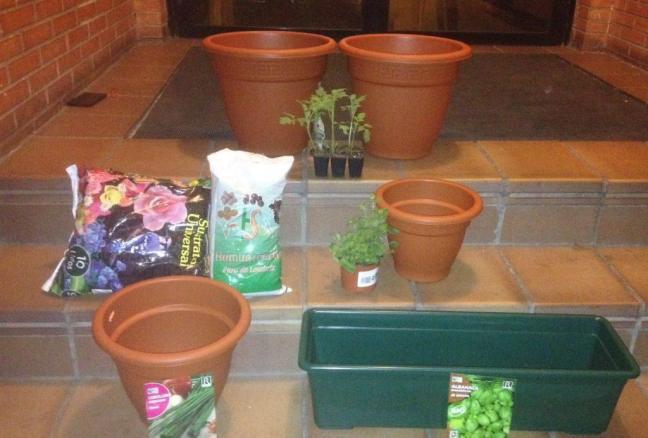 recipientes adecuados para sembrar plantas aromáticas en macetas