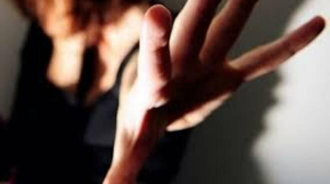 Violenza sulle donne, dal 30 giugno 26 arresti in provincia di Napoli
