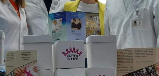 """United for life dona reggiseni post-operatori alla """"Breast Unit"""" dell'ospedale Cardarelli di Napoli"""
