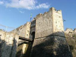 Castello-di-Agropoli-dal-basso