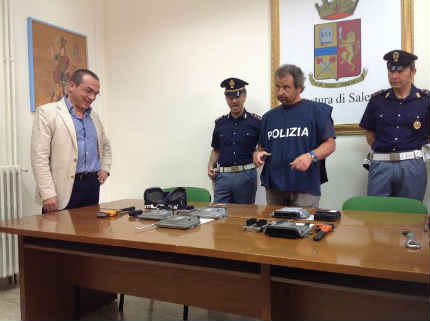 polizia_furti_auto_de_salvo_1