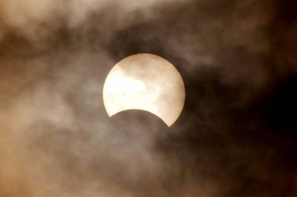 PARTIAL SOLAR ECLIPSE IN EL HIERRO