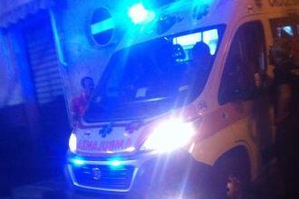 ambulanza-735x490